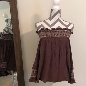 Brown Off the shoulder top size S/M